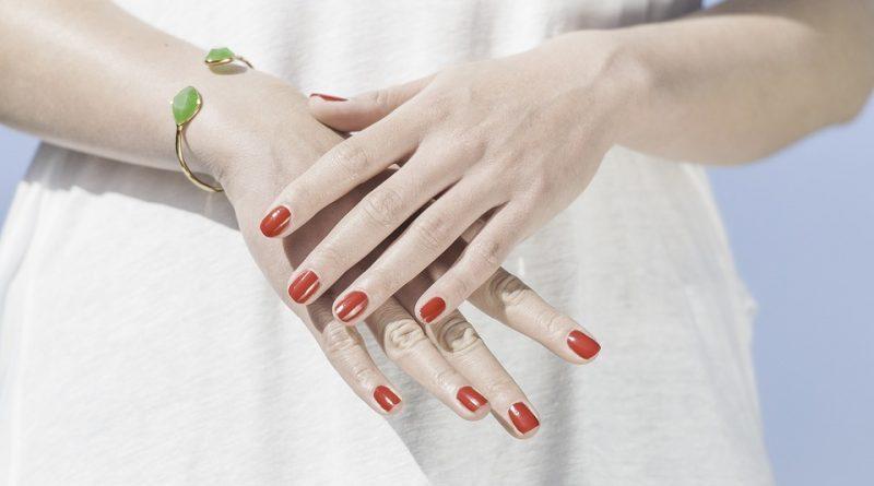 爪とコラーゲン